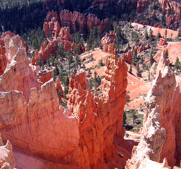 A sense of grandeur fills the Bryce Canyon visitor